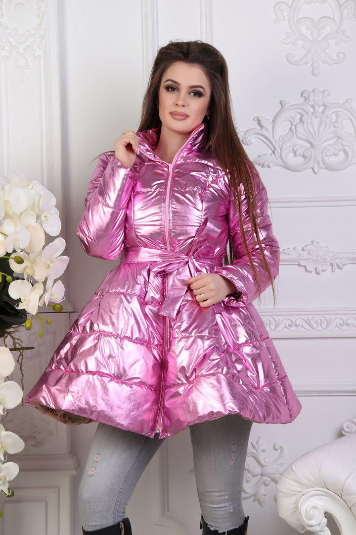 Модное зимнее стеганое лаковое пальто клеш с пояском в комплекте