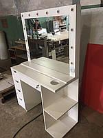Стол для визажиста, рабочее место парикмахера, визажный стол