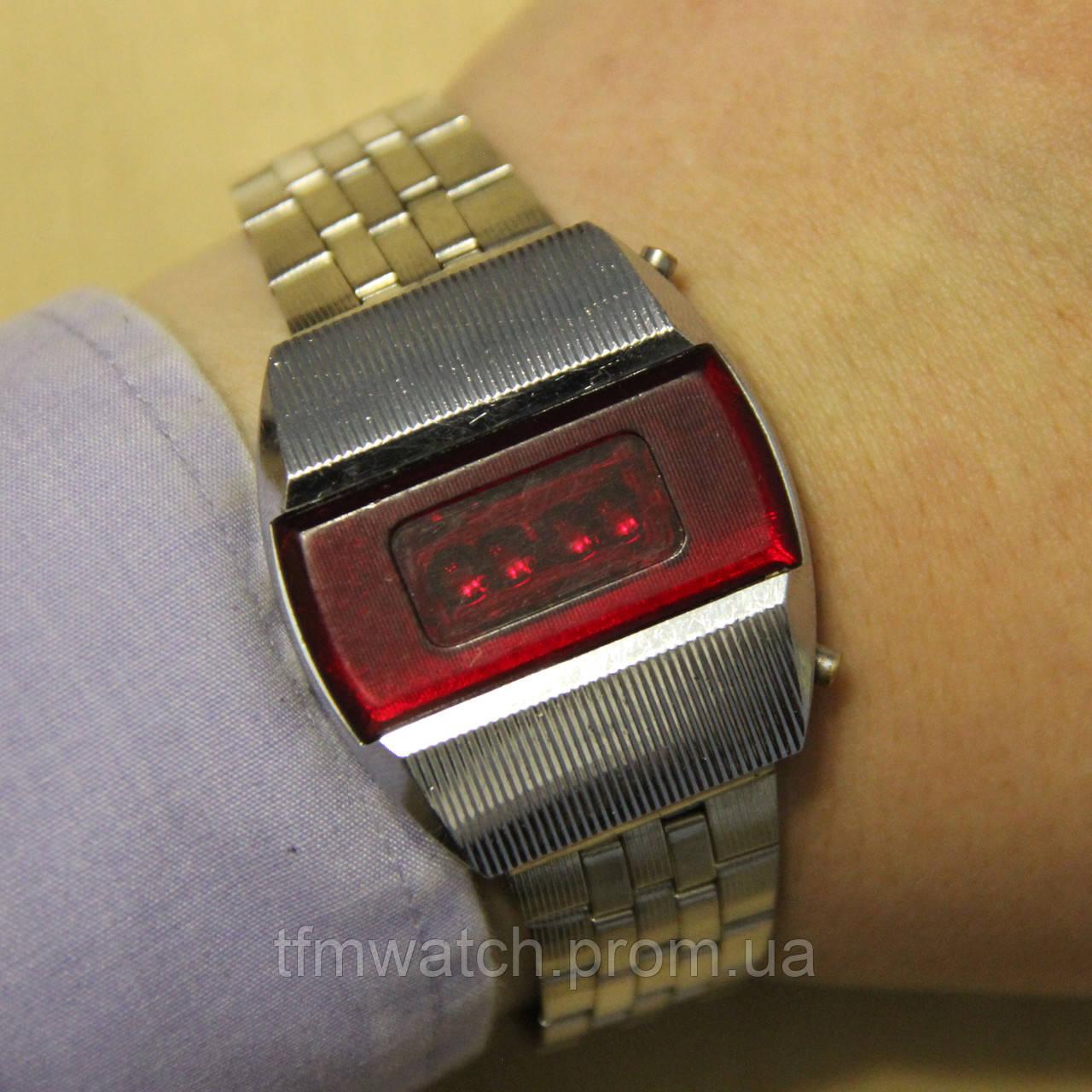 2ece2d31 Электроника 1 наручные электронные часы СССР : продажа, цена в ...