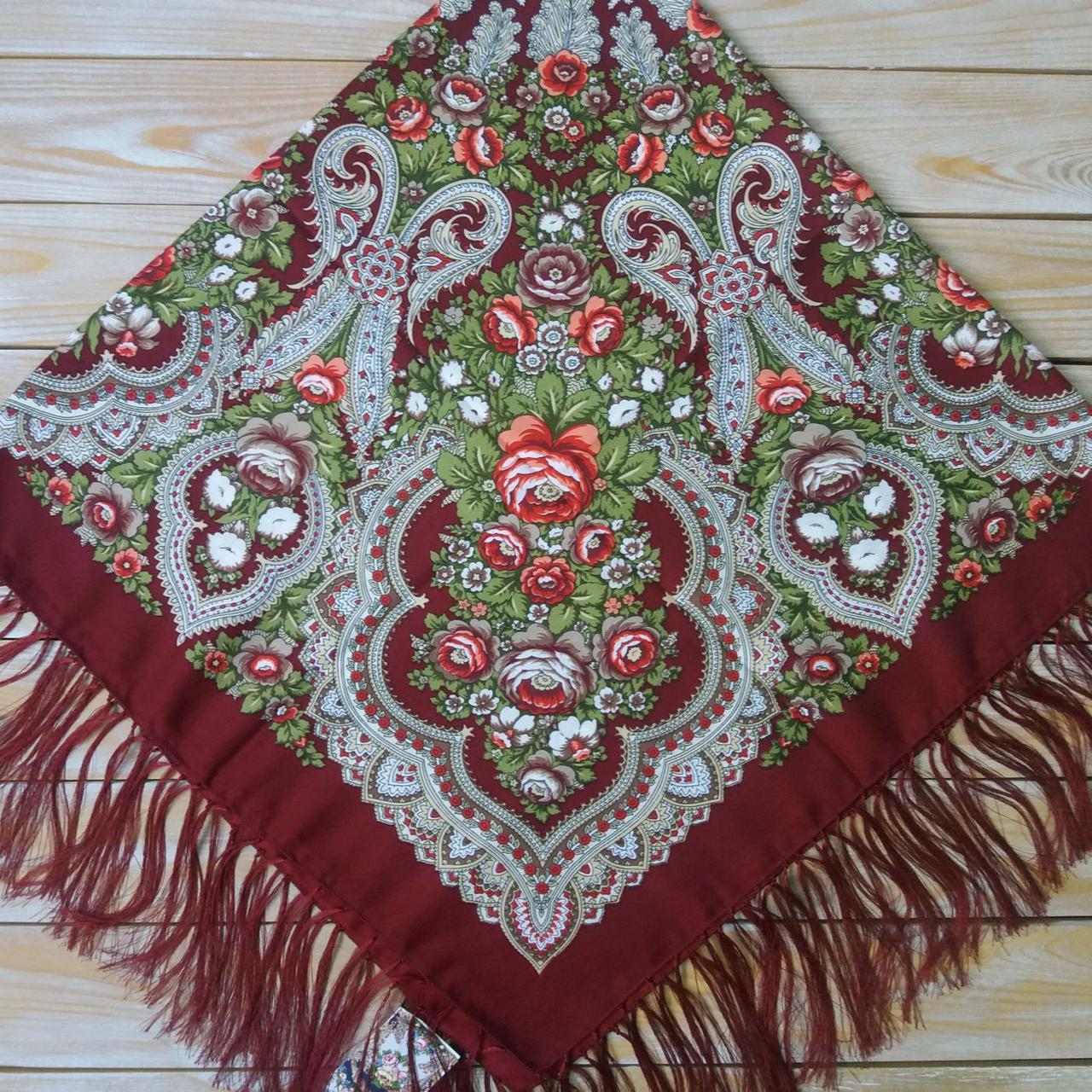 Красивый женский платок бордового цвета (120х120см,  80%-шерсть)
