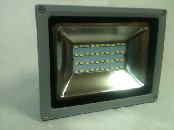 Светодиодный прожектор SMD 5730/40 20W 6500К Код.58303