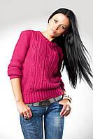 Вязаный женский свитер с оригинальным рисунком