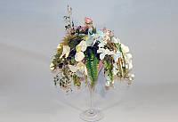 Композиция из искусственных цветов в бокале. авторская работа
