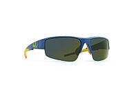 Мужские солнцезащитные очки INVU модель A2812B.