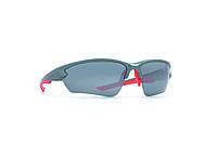 Мужские солнцезащитные очки INVU модель A2813B.