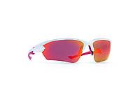 Мужские солнцезащитные очки INVU модель A2813C.