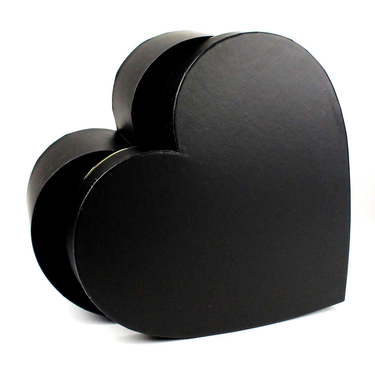 Подарочная коробка Сердце чёрная с золотом 26 x 25.2 x 9.5 см