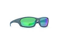 Мужские солнцезащитные очки INVU модель A2815C.