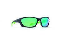Мужские солнцезащитные очки INVU модель A2816A.