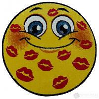 Детский Ковёр смайл в поцелуйчиках 0.67х0.67 м.
