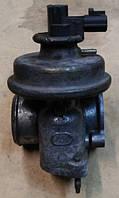 Клапан EGR (малый) б/у для Ford Transit 2.4 TD - 2.4 TDi, Форд Транзит 2.4 тди (00-06),  ЕГР, ЕЖР