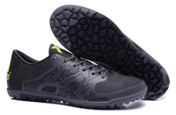 Футбольная обувь Adidas