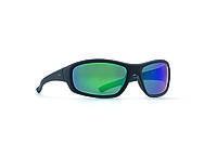 Мужские солнцезащитные очки INVU модель A2501E.