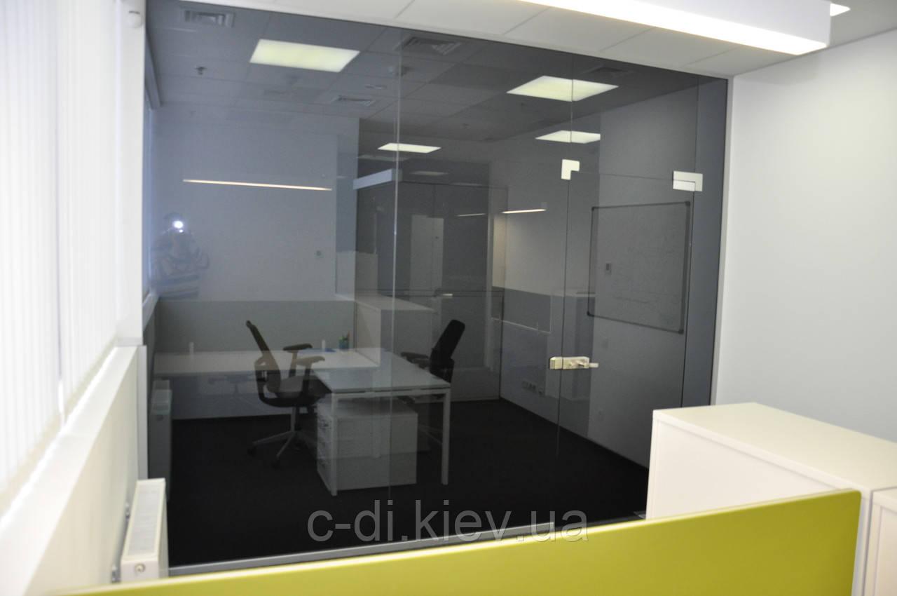 Стеклянные перегородки с маятниковыми дверьми (стекло графит)