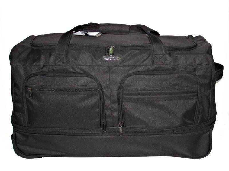 98bdf91c4f83 В отличие от пластиковых чемоданов, дорожным сумкам не страшна деформация,  излишняя механическая нагрузка, что важно учитывать во время авиаперелетов.
