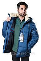 Мужская качественно выполненная куртка с меховым воротником