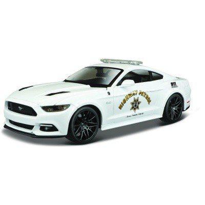 Автомодель (1:24) 2015 Ford Mustang GT белый - тюнинг