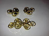 Крючок, застежка для одежды с камнями в золоте