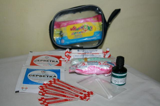Рекомендации по оказанию первой доврачебной помощи детям (в картинках) - для чего нужна салфетка с фурагином?