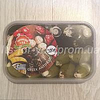 Оливки и маслины, фаршированные сыром фета 0,3кг Ассорти