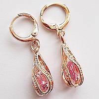 Серьги кольца с подвесками (розовый кристалл). Позолота 18К, ювелирная бижутерия.