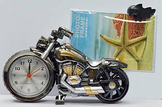 """Фоторамка с часами  """"Мотоцикл"""" — Стилизованный пластик"""