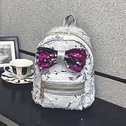 Красивый рюкзак с бантом для девушки
