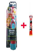 Oral-B Электрическая зубная щетка детская DB4.510 (принцессы) 2 насадки в комплекте