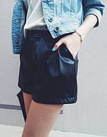 Женские модные черные шорты (эко-кожа)