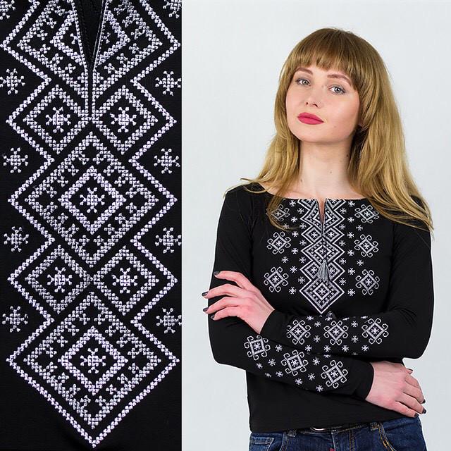 Черная вышиванка трикотажная Геометрия серая