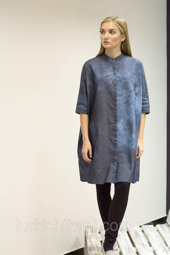 Платье - рубашка из джинса с синими  разводами