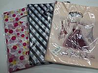 Подарочные пакеты/Мин.заказ 1 уп/в уп.100шт/среднего размера