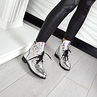 Демисезонные ботиночки PP материал натуральная кожа, внутри байка. Цвет серебро