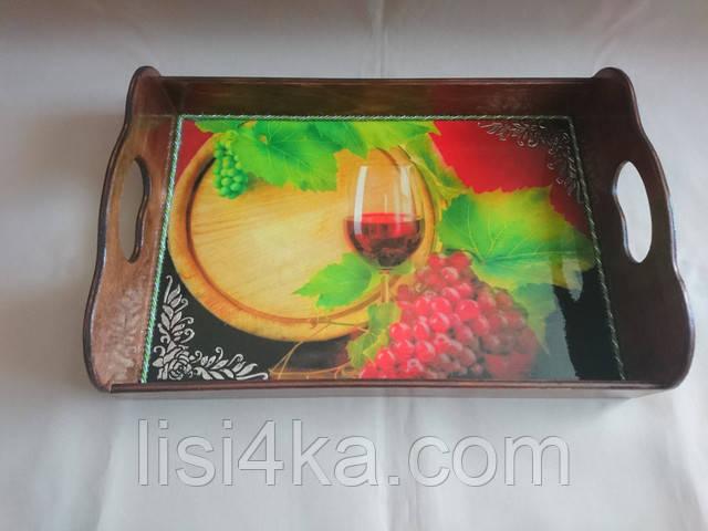 Деревянный малый коричневый поднос с виноградным мотивом