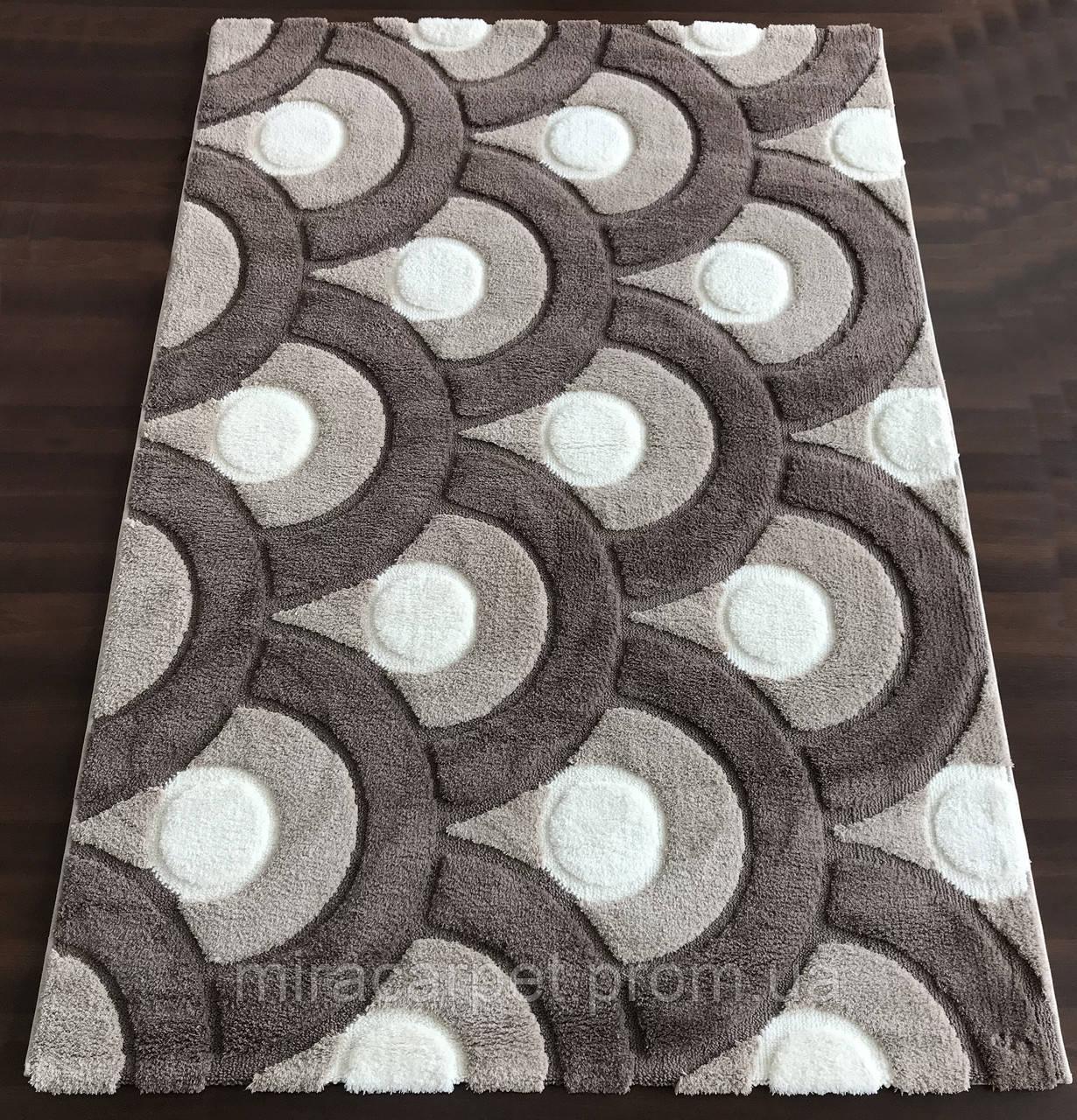 Геометрические напольные ковры