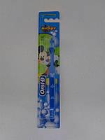 "Детская зубная щетка Oral B ""Mickey for kids"", от 3 лет"