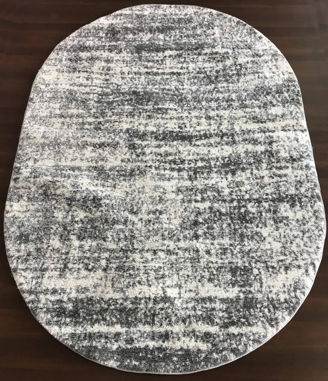 Современные ковры в бело-сером цвете