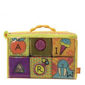 Развивающие мягкие кубики-сортеры ABC (6 кубиков, в сумочке) от Battat