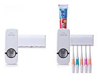Автоматический диспенсер для зубной пасты и щеток