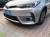 Хром накладки на противотуманные фары Toyota Corolla рестайлинг 2016- (хромированный пластик) 8 частей