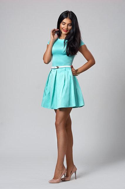 Короткое молодежное платье из итальянской ткани, 44,46