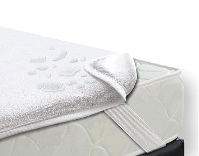 Скидки на непромокаемые наматрасники и пеленки