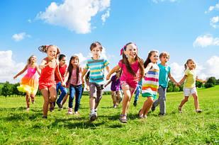 Дитячий одяг, взуття та аксесуари