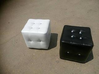 Мягкая мебель, пуфы 25