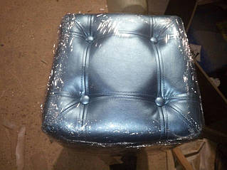 Мягкая мебель, пуфы 19