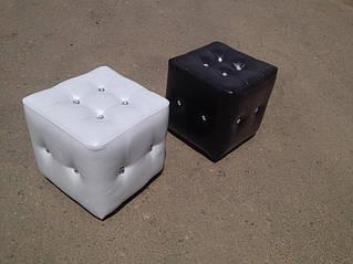 Мягкая мебель, пуфы 32