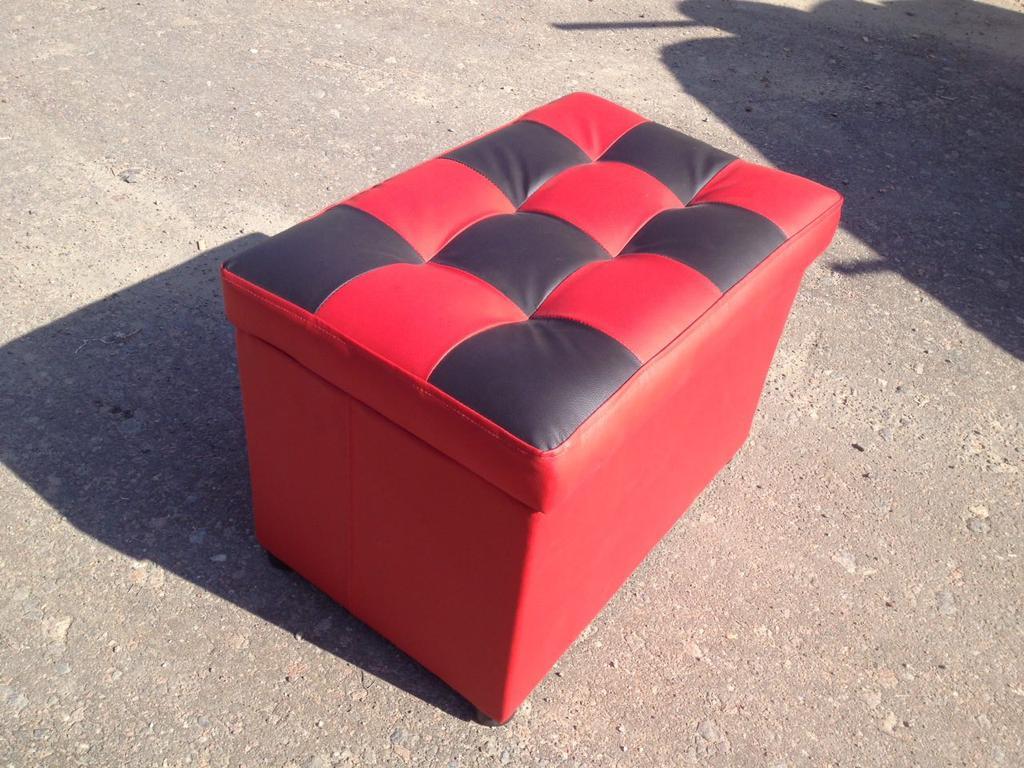 Мягкая мебель, пуфы