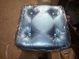 Мягкая мебель, пуфы 10