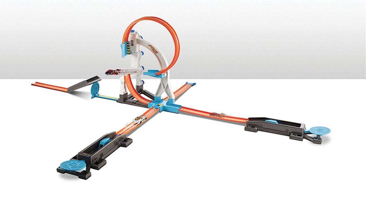 Игровой набор Хот Вилс Каскадерские трюки Hot Wheels Track Builder Stunt Kit Playset DLF28