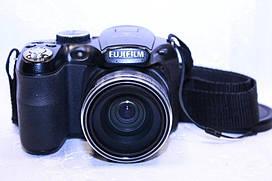 Б/у Фотоаппарат Fujifilm FinePix S Zoom 16x 12Mп